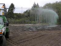 Затревяване на двор с хидропосев